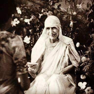 श्री अरविंद आश्रम पुडुचेरी की श्री माँ